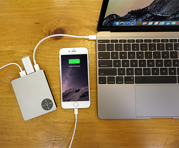 Voltus Mobile Power For MacBook at werd.com
