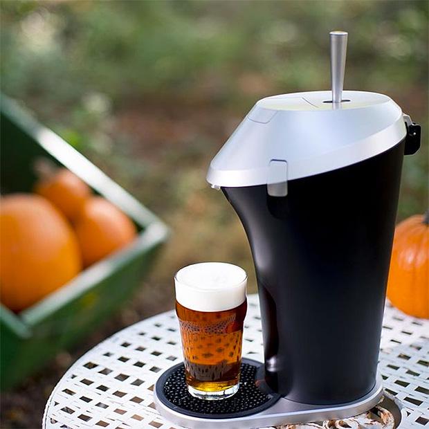 Fizzics Beer System at werd.com