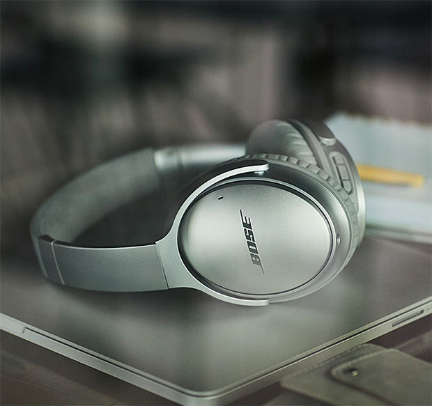 Bose QC35 Wireless Headphones at werd.com
