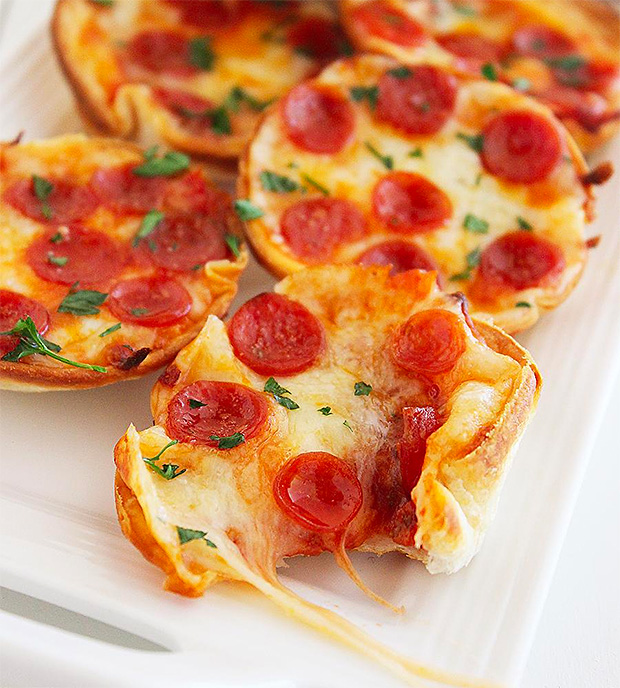 Mini Tortilla Pizzas at werd.com