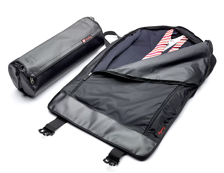 Henty's Messenger Style Copilot Cleverly Carries Your Cargo at werd.com