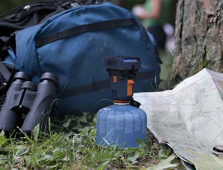 The Backpacker Repeller Creates An Instant Barrier Against Bugs at werd.com