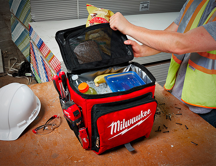 Milwaukee's Jobsite Cooler Keeps Everything Chill at werd.com