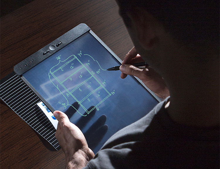 Blackboard is the World's First Writing Tool to Use Liquid Crystal Paper at werd.com