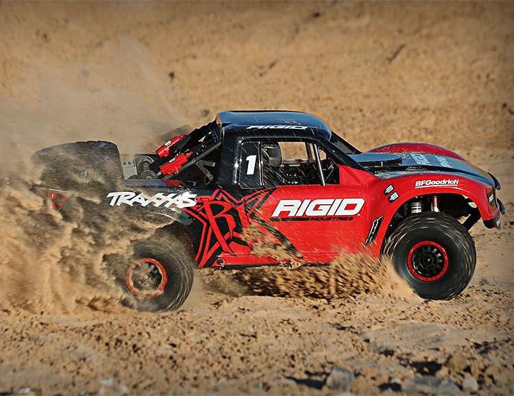 Traxxas R/C Introduces Ultimate Desert Racer at werd.com