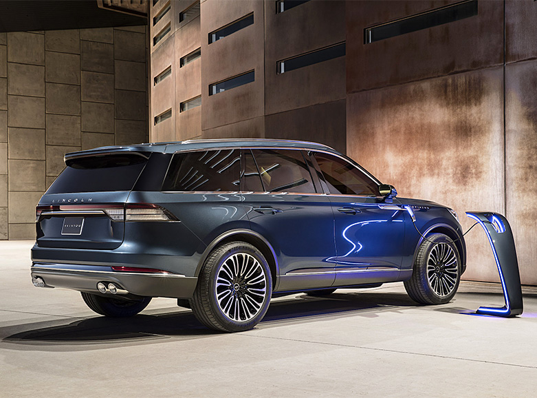 Lincoln's All-New SUV: The 2019 Aviator at werd.com