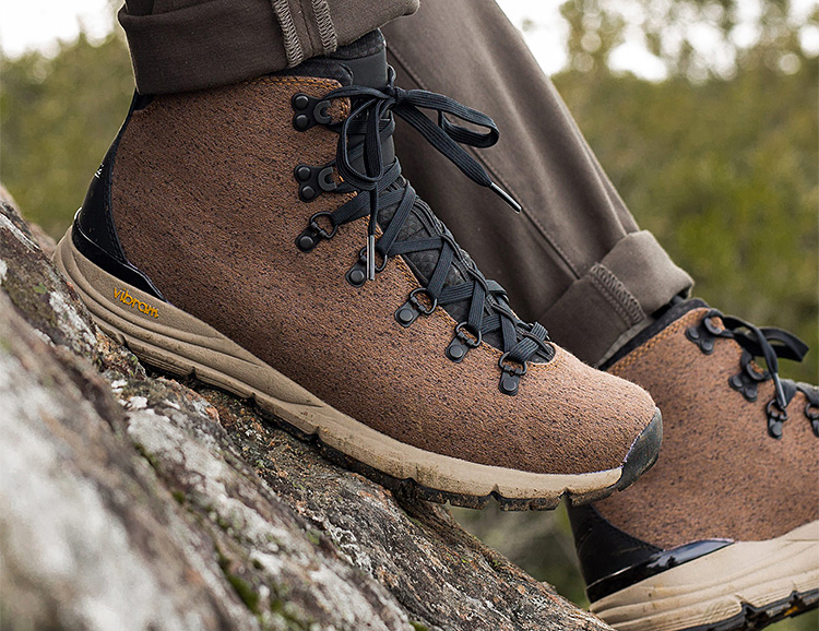Danner Drops the Mountain 600 EnduroWeave Hiker at werd.com