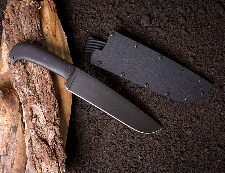 """Wk""""s Camp Knife Will Definitely Not Fit In Your Pocket at werd.com"""