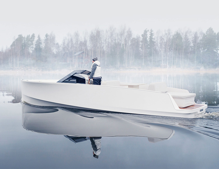 This Electric Boat from Q Yachts Looks Like a Classic Already at werd.com