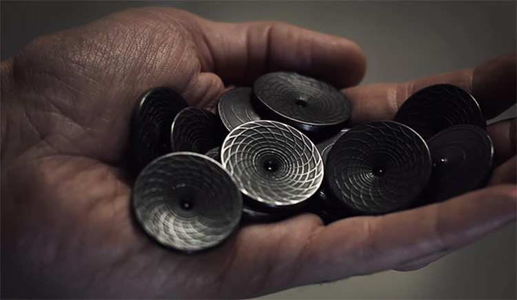 Here's a Black Hole You Can Keep In Your Pocket at werd.com