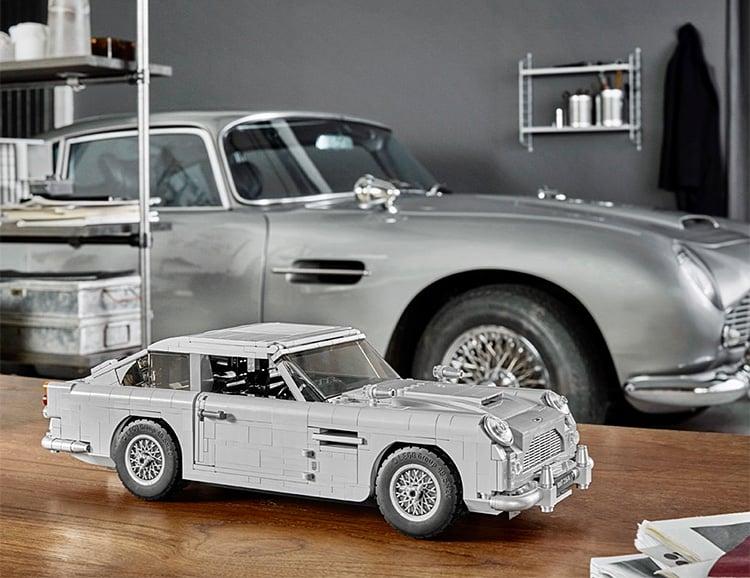 Build James Bond's Iconic '64 Aston Martin at werd.com