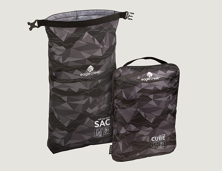 Eagle Creek's Pack-It Active Essential Set Keeps Your Luggage Organized at werd.com