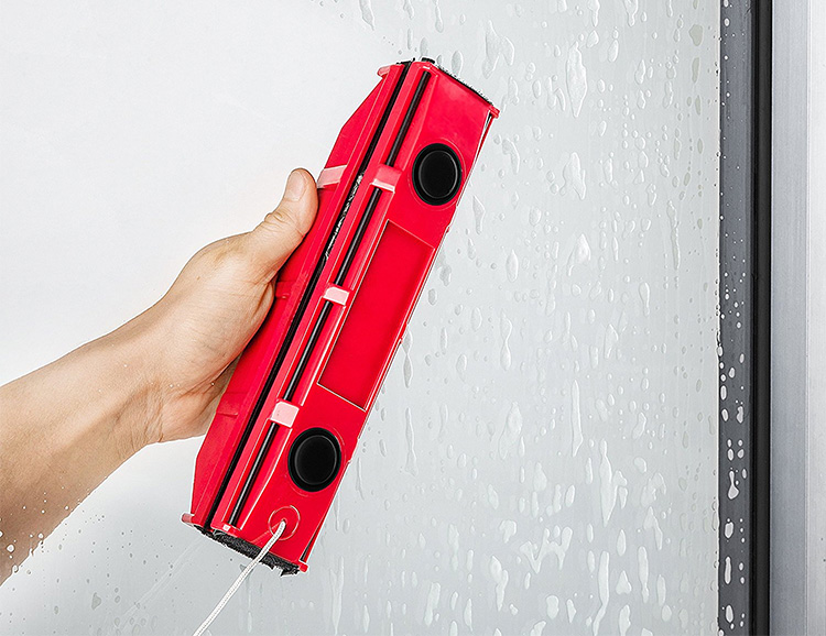 The Glider S-1 Magnetic Window Cleaner: You're Welcome at werd.com