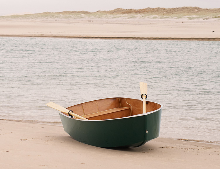This Kitset Makes It Easy To Build Your Own Boat at werd.com