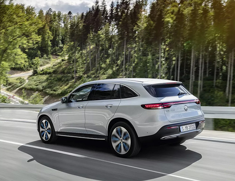 Mercedes-Benz Introduces EQC Crossover, Its First All-Electric Production Vehicle at werd.com