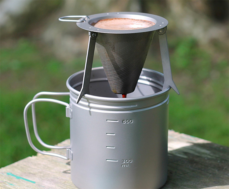 Here's How You Make Great Camp Coffee at werd.com