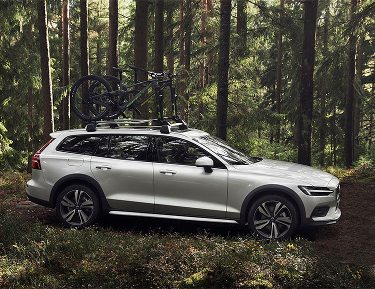 Volvo's V60 Cross Country Is Off-Road Ready at werd.com