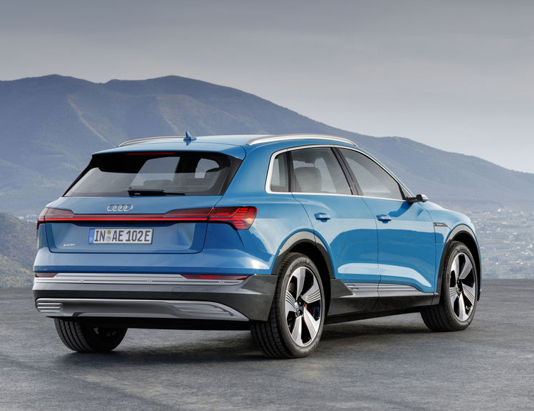 Audi Introduces All Electric e-tron SUV for 2019 at werd.com