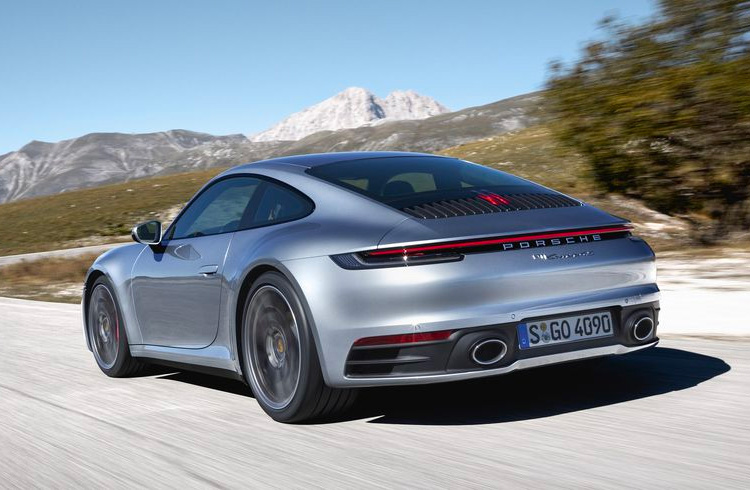 Porsche Debuts New 911 at LA Auto Show at werd.com
