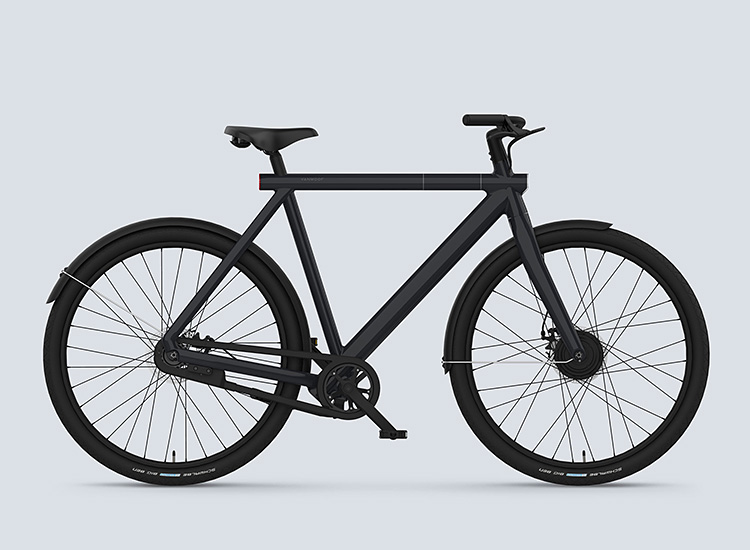 VanMoof E-Bikes Deliver Effortless Speed & Built-In Security at werd.com
