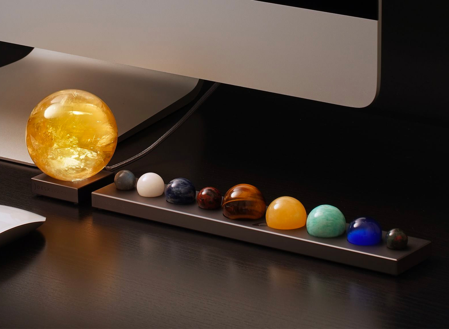 Bring The Solar System To Your Desktop at werd.com