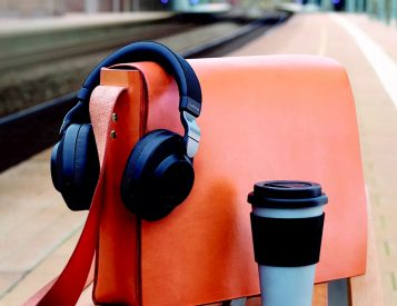 These Noise-Canceling Headphones Adjust To Your Environment