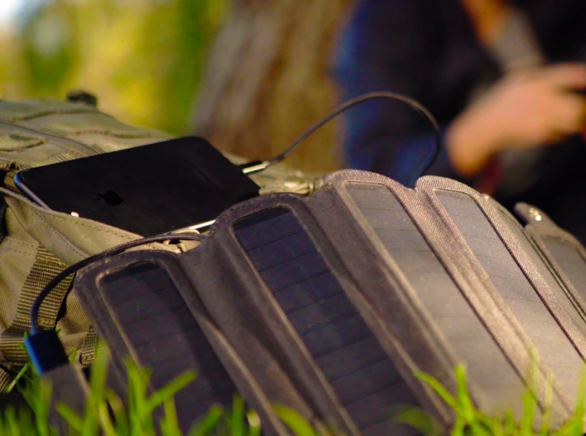 SolarCru Delivers Featherweight Off-Grid Power at werd.com