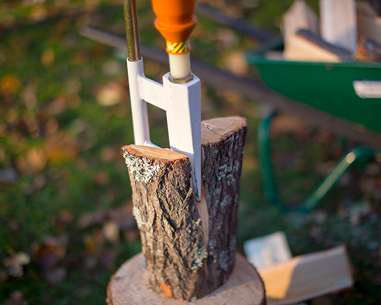 The Smart-Splitter Chops Wood Without Breaking Your Back at werd.com