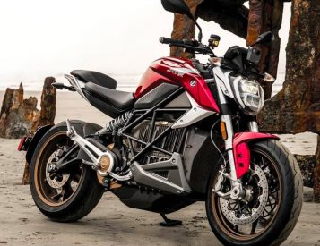 The 120 MPH SR/F is the Latest Electric Bike from Zero Motorcycles