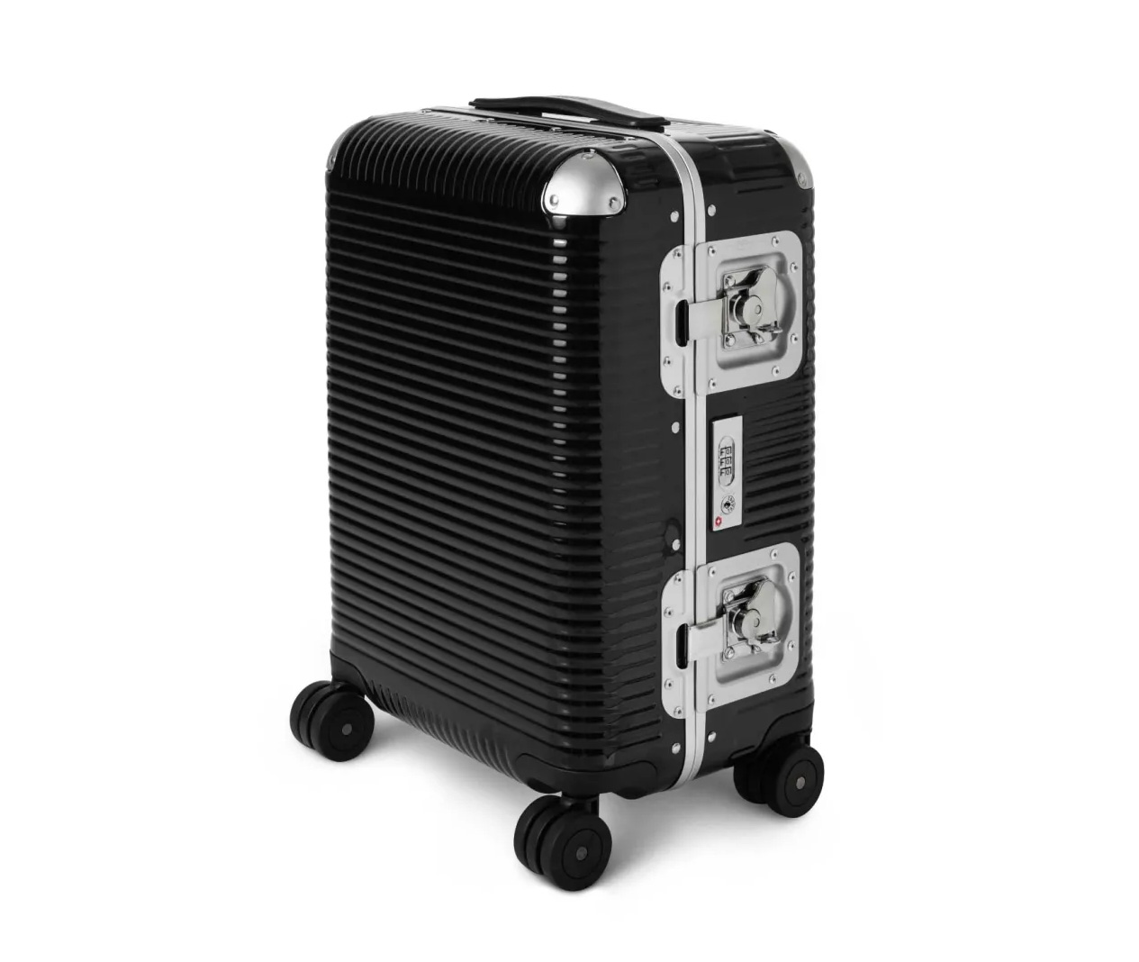 Italian Luggage Maker FPM Introduces Bank Light Collection at werd.com