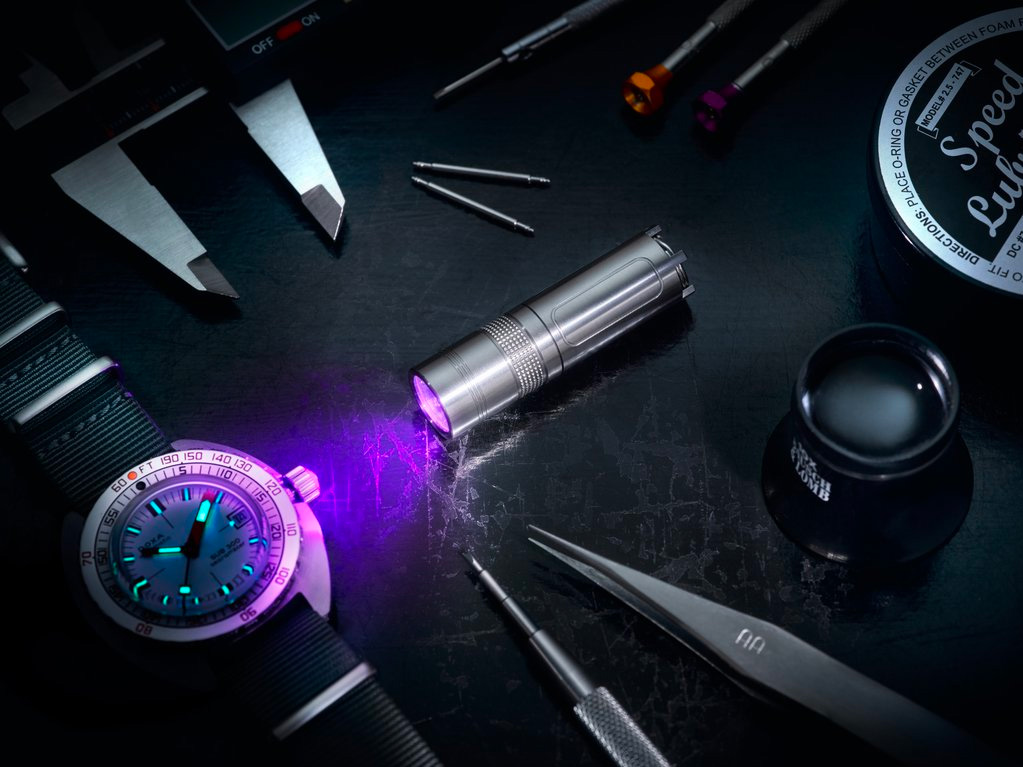 RedBar & Maus Team Up to Create an Advanced UV LED Torch at werd.com