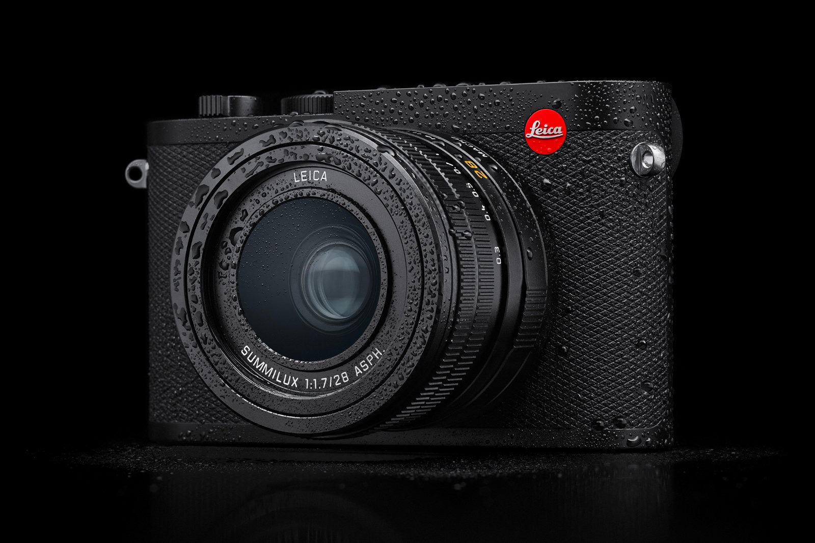 Leica's Compact Q2 Camera Has a Super-Size Sensor at werd.com