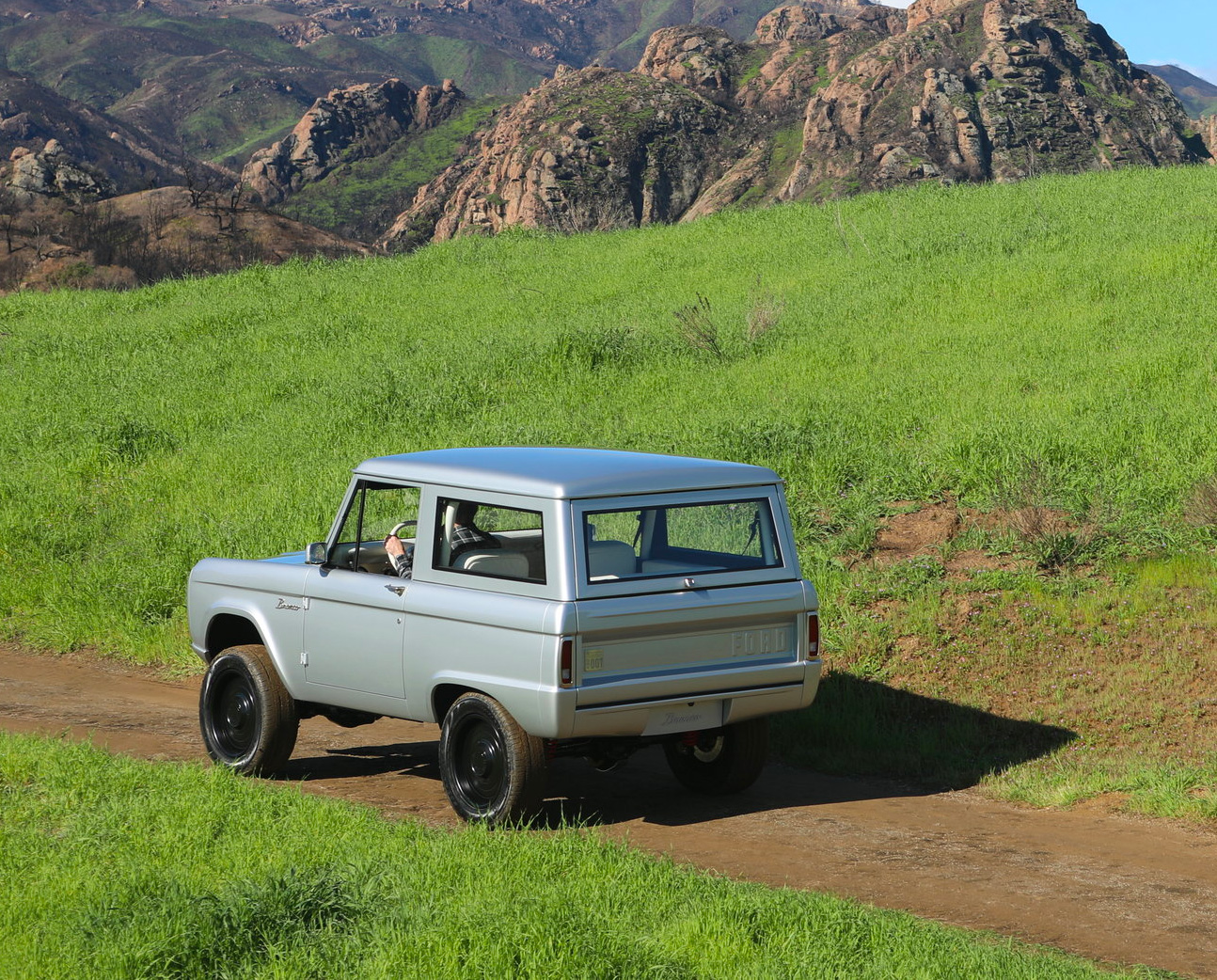 Zero Labs Electrifies An Off-Road Icon at werd.com