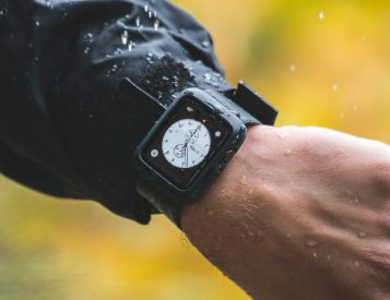 Lander's Moab Case is Battle Armor for Apple Watch