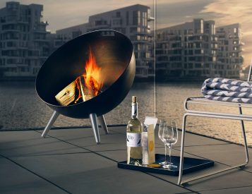 Bring Your Guests Together Around This Outdoor Fireplace
