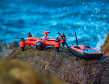 Spry Underwater Drone Goes Literally Everywhere