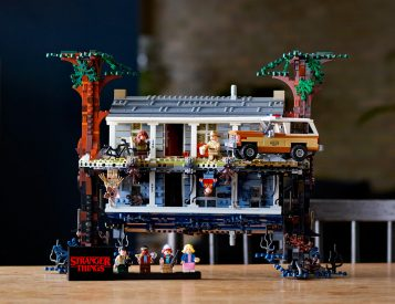 Build Your Own Upside Down With Legos' <i>Stranger Things</i> Set