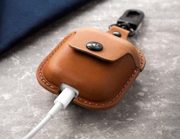 This Case Keeps Your AirPods Within Reach