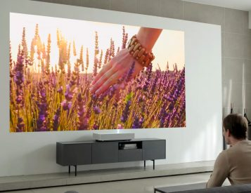 LG's Latest Short Throw 4K Laser Projector Creates a Huge HD image