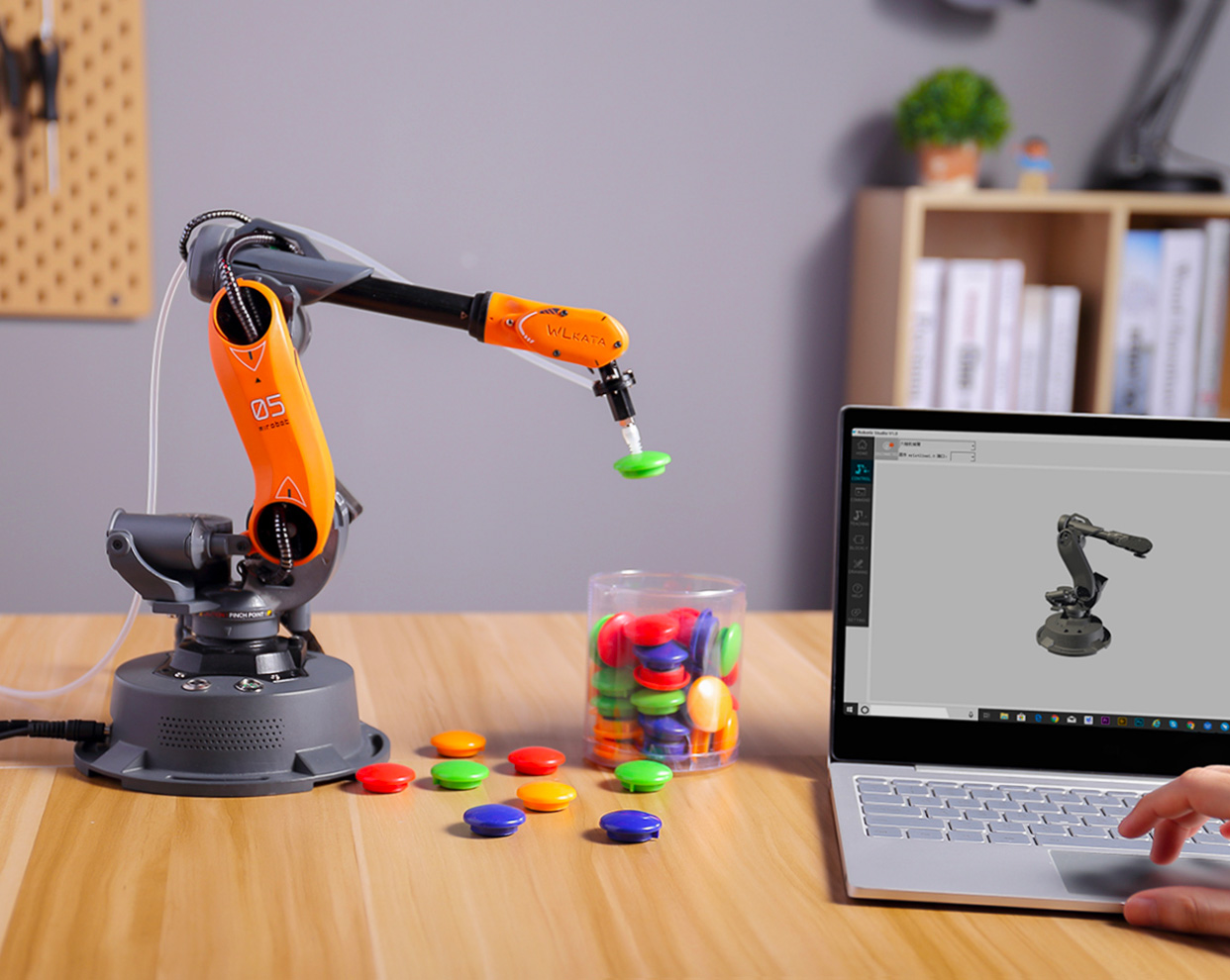 Learn By Doing: The Mirobot Robotic Arm at werd.com