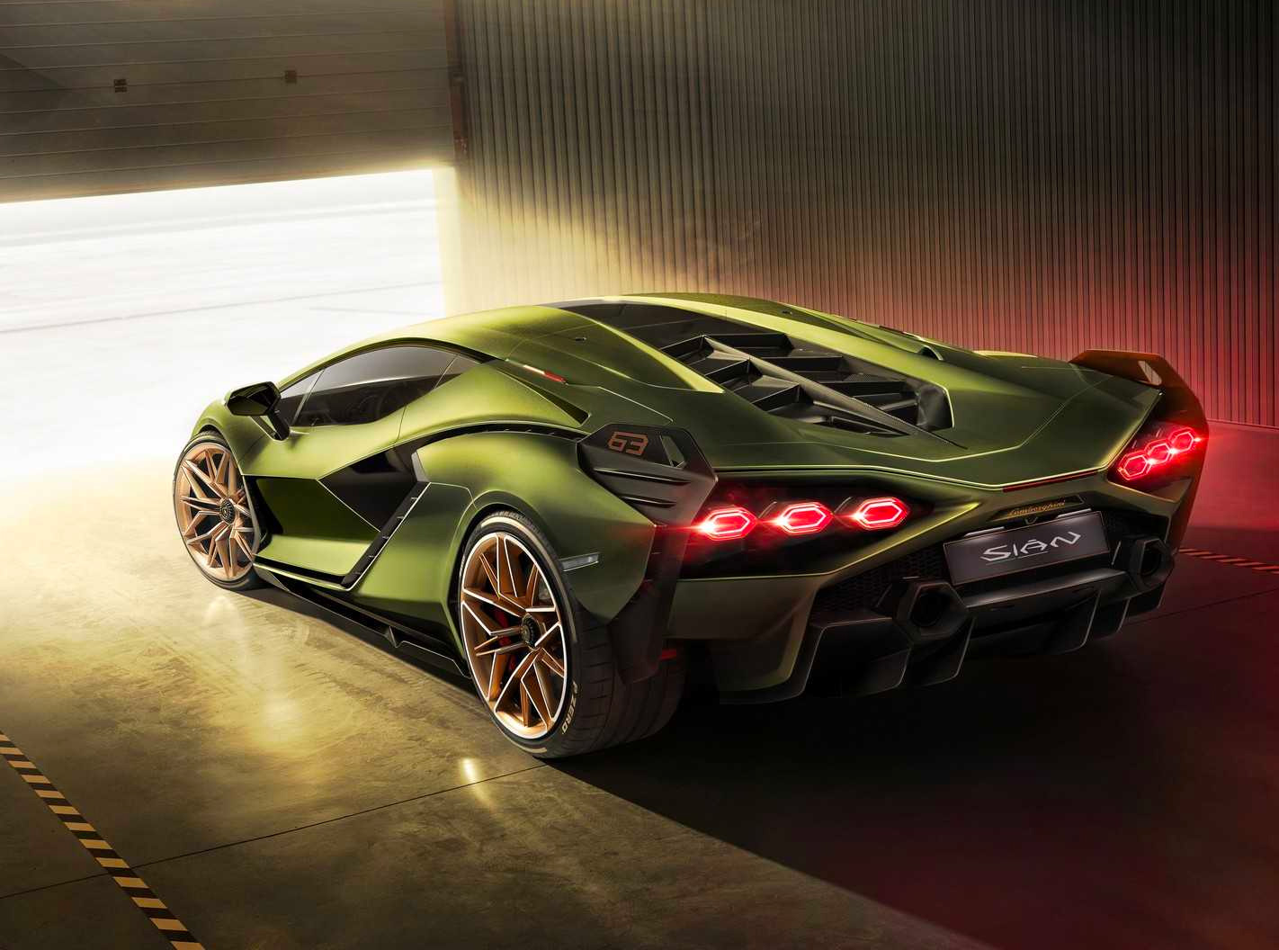 The Fastest Lamborghini Ever is a Hybrid at werd.com