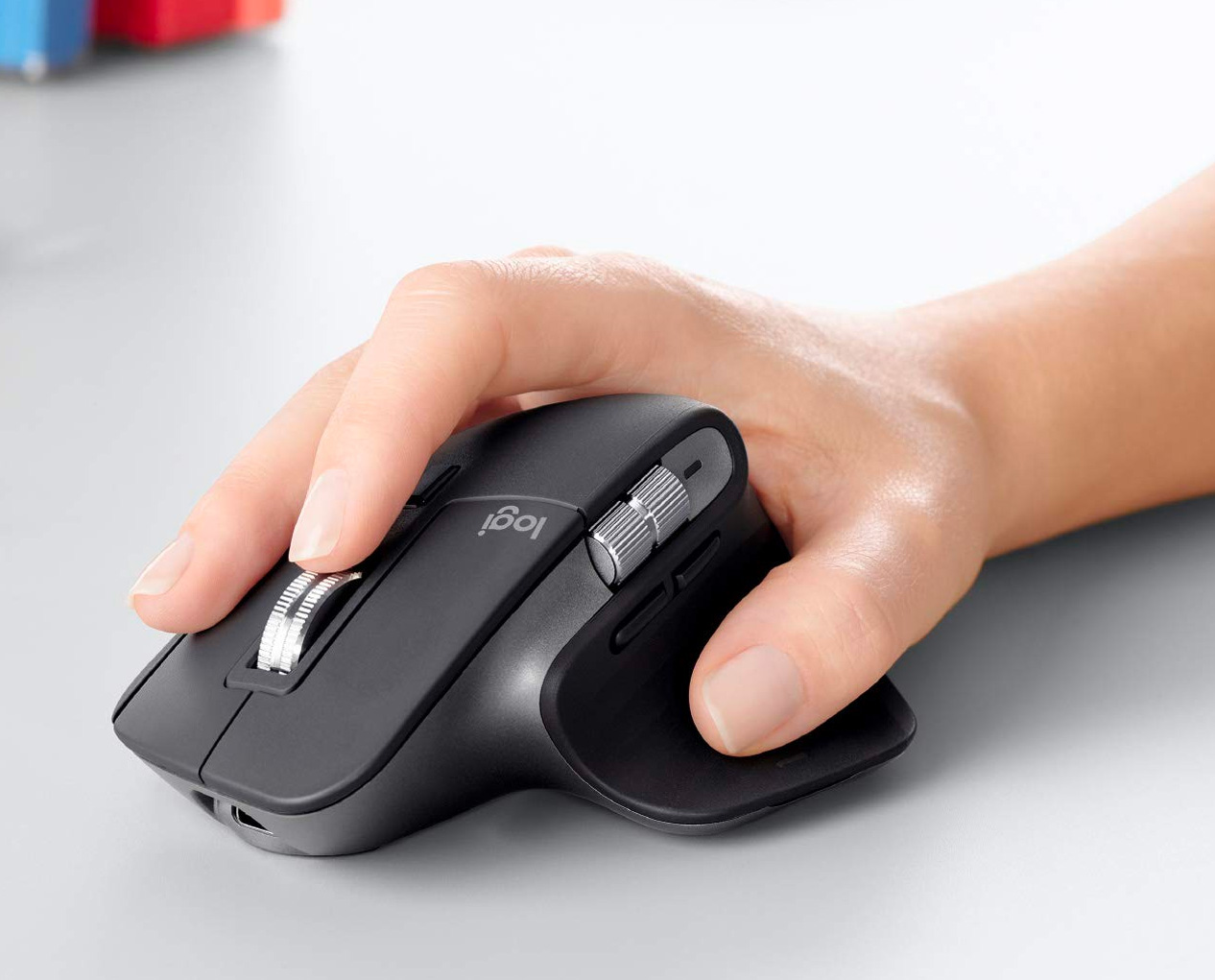 Logitech's MX Master 3 Mouse is Really a Handful at werd.com