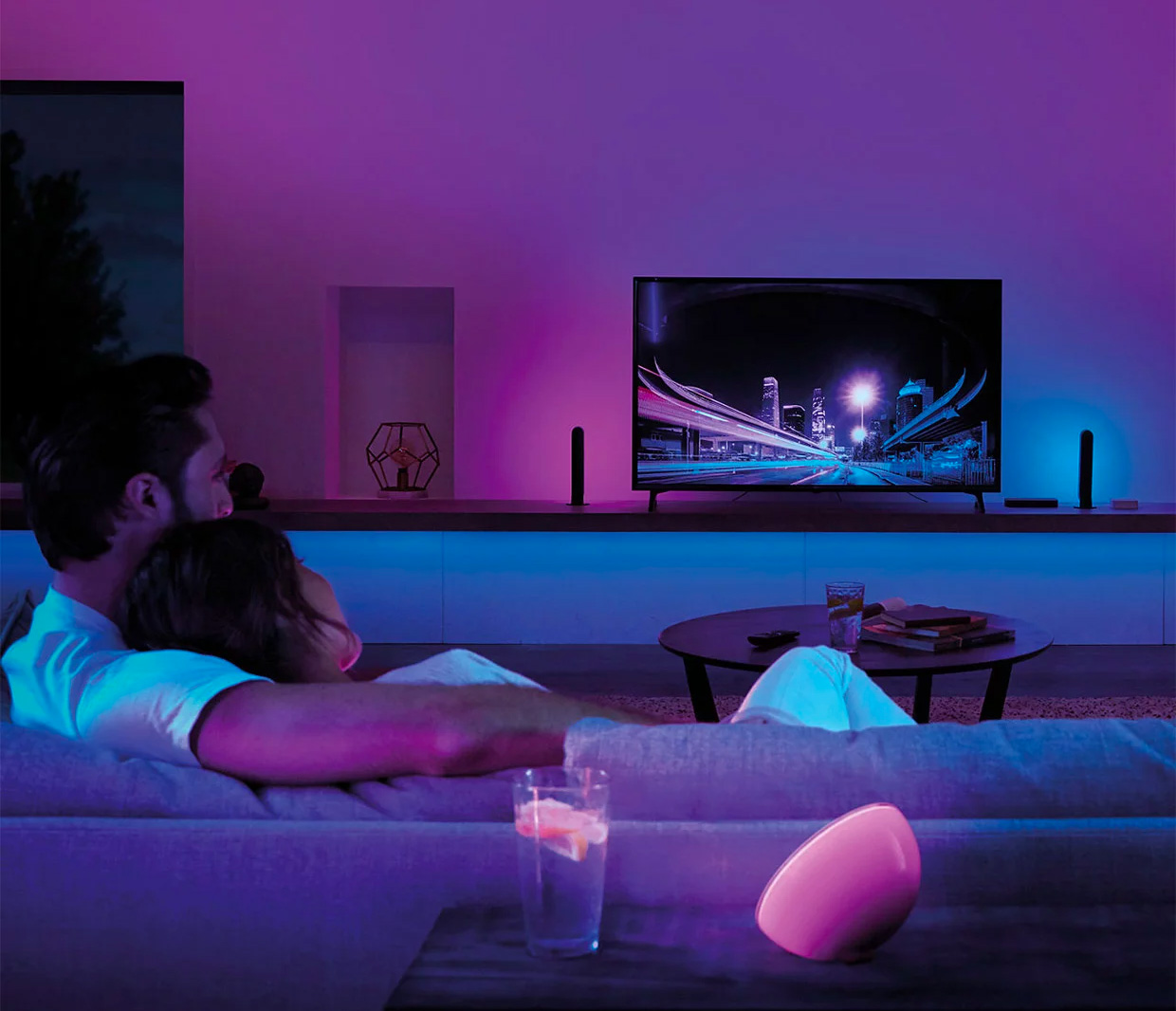 Philips' Hue Play HDMI Sync Box Lights Up Your TV Time at werd.com