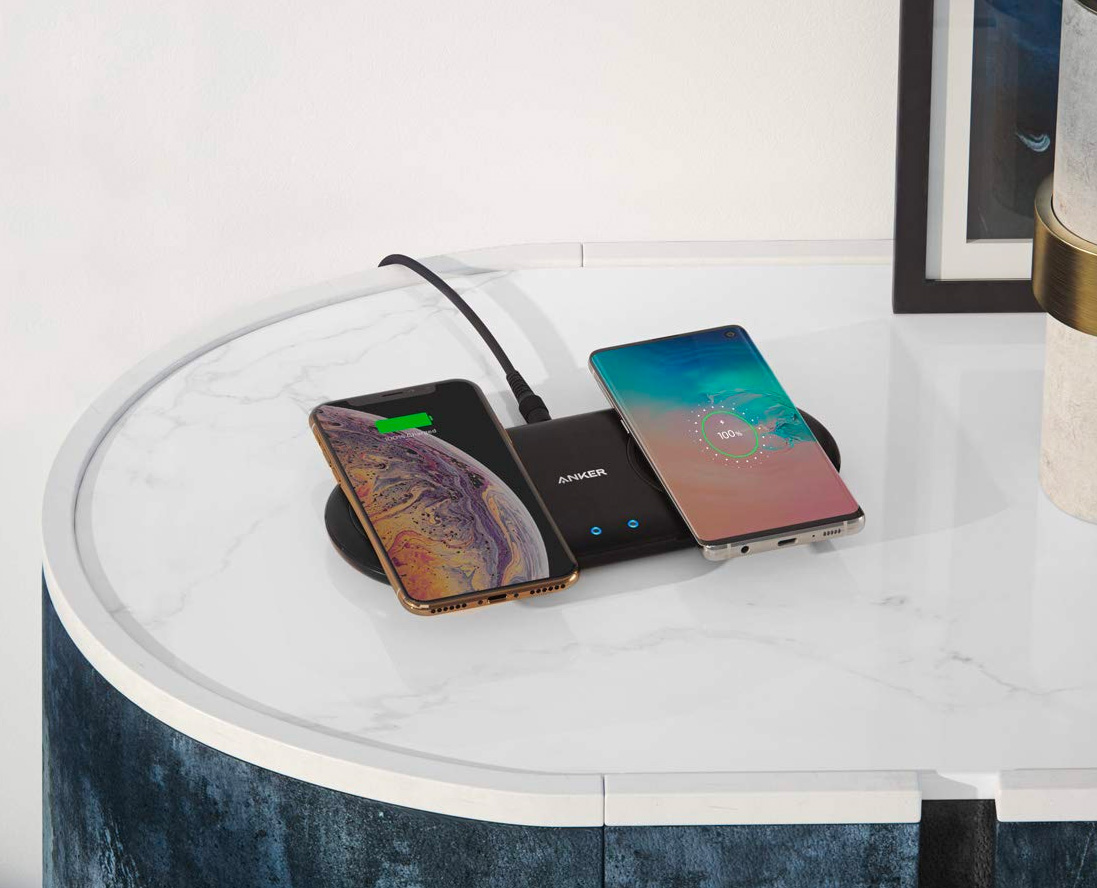 Multi-Device Charging: Anker's PowerWave 10 Dual Pad Qi Charger at werd.com