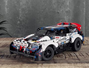 LEGO & Top Gear Team Up on Remote Control Rally Car