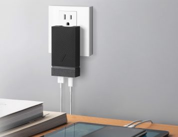 Native Union Brings Speedy PD Charging to a Pocketable Power Supply
