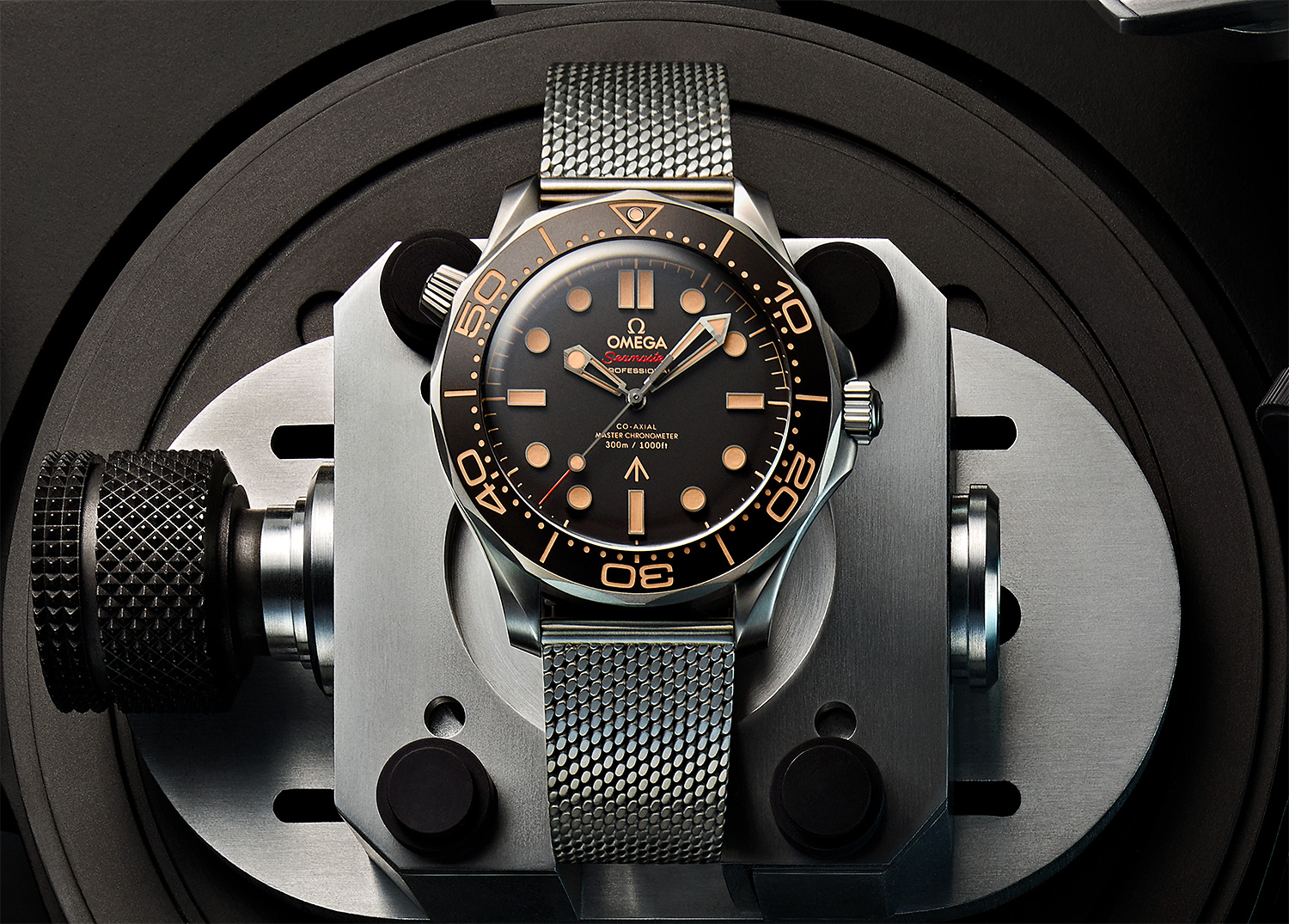 Omega Introduces Limited 007 Seamaster Diver at werd.com