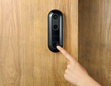The Wireless WUUK Security Doorbell is Loaded with Features