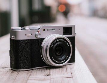 The Fujifilm X100V Looks Classic But It's All New