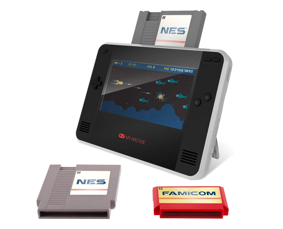 Portable Retro Champ Console Brings Back Classic Nintendo & Famicon Games at werd.com
